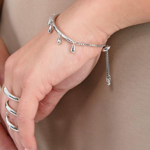 Slider Droplet Bracelet