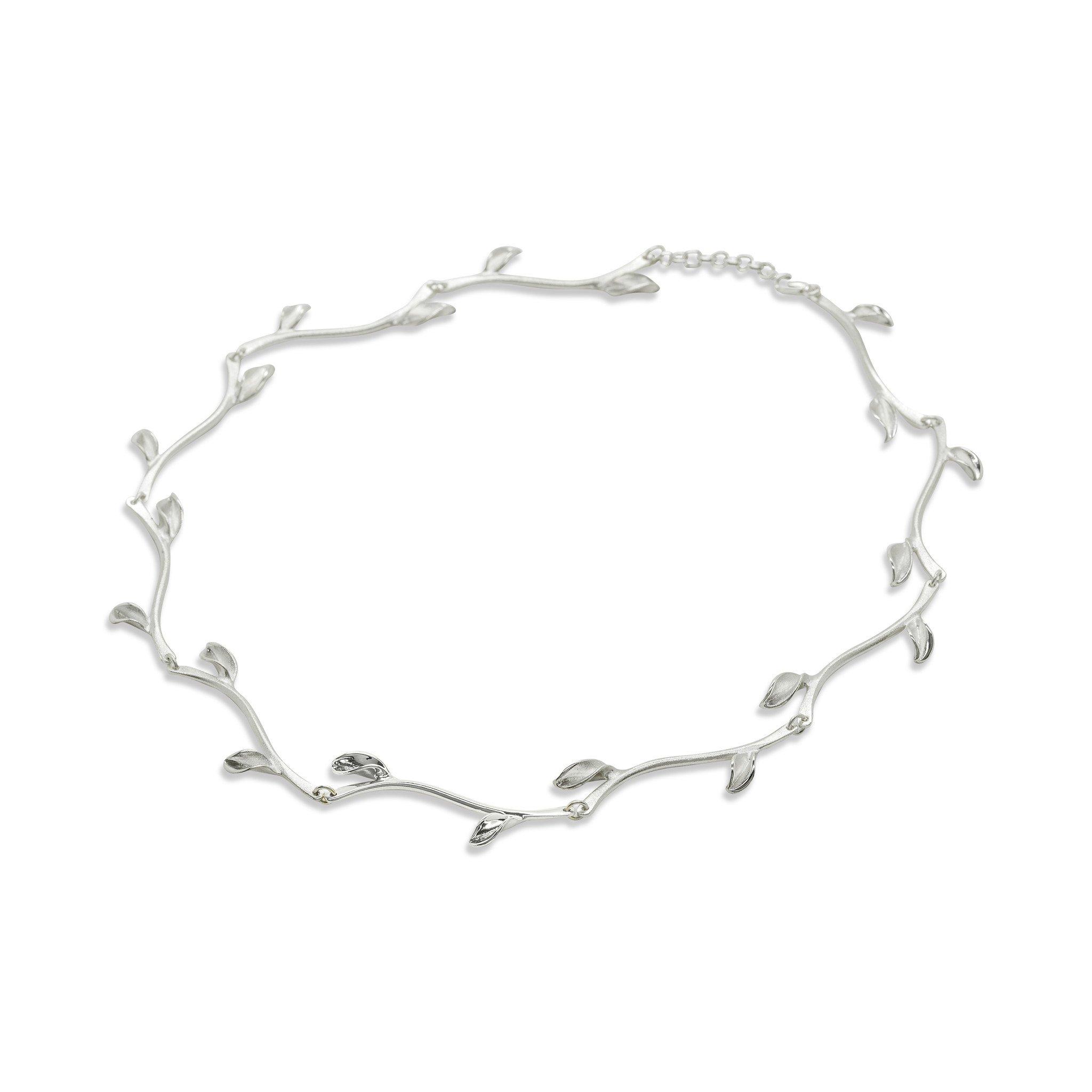 Mavilo Leaf Stem Necklace