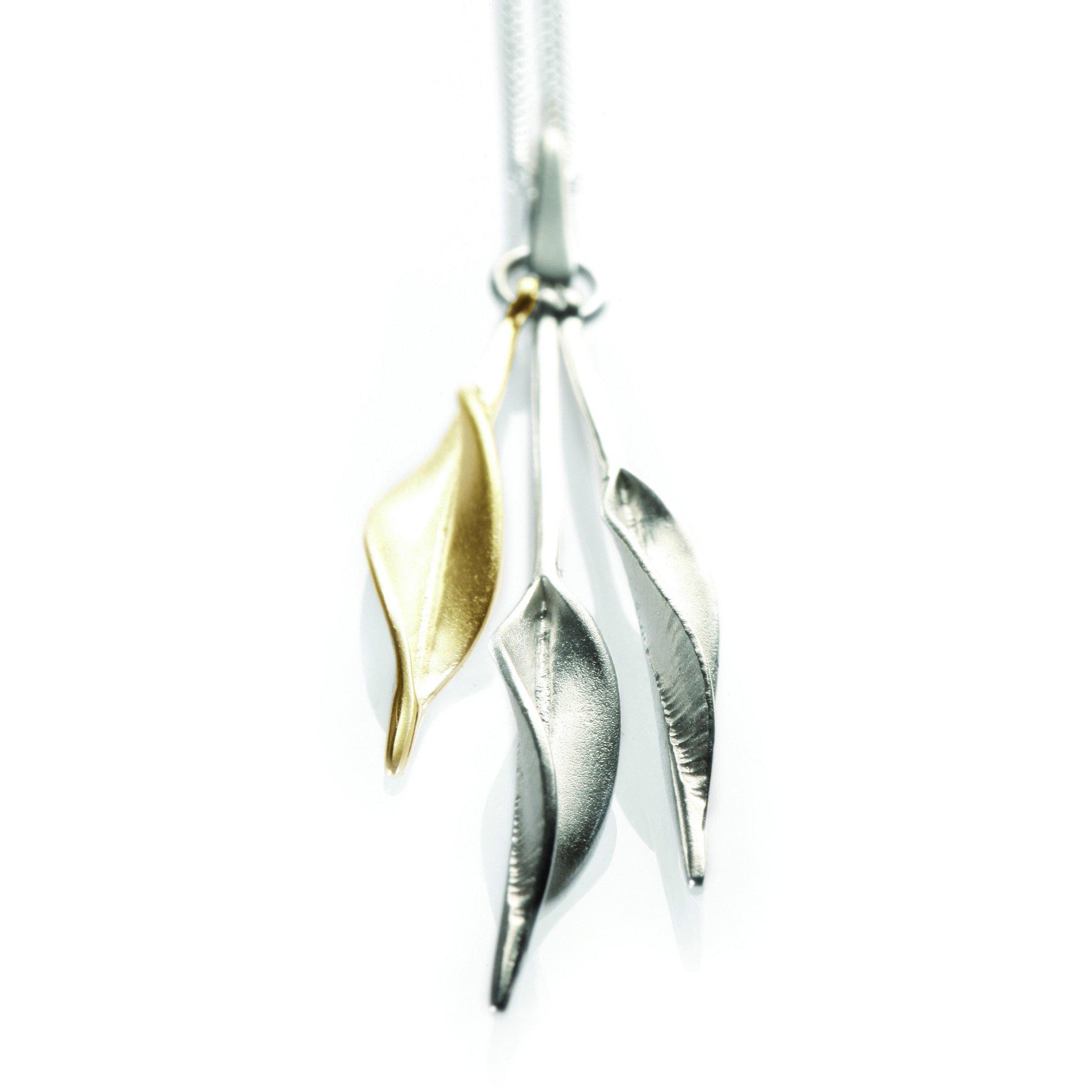 Mavilo Gold Triple Slim Leaf Pendant