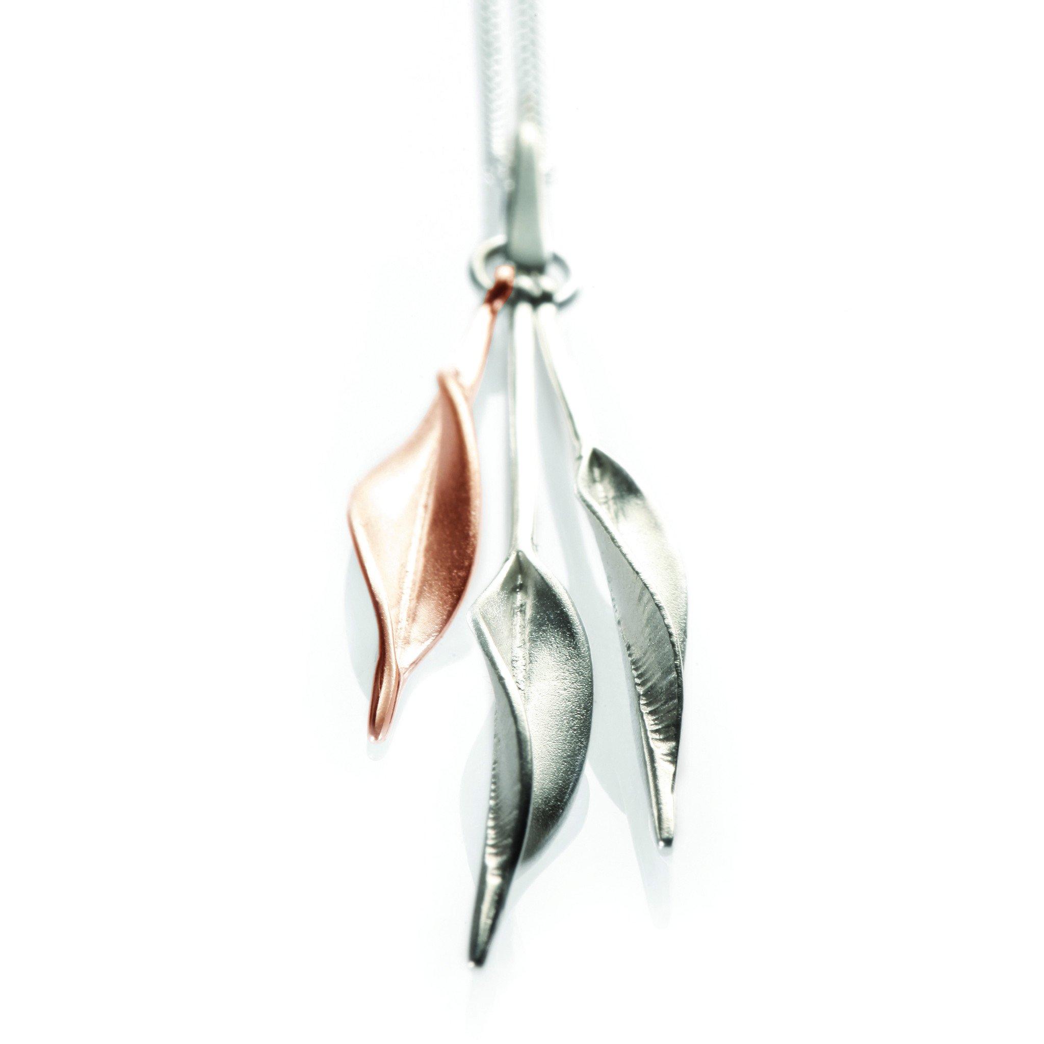 Mavilo Rose Gold Triple Slim Leaf Pendant