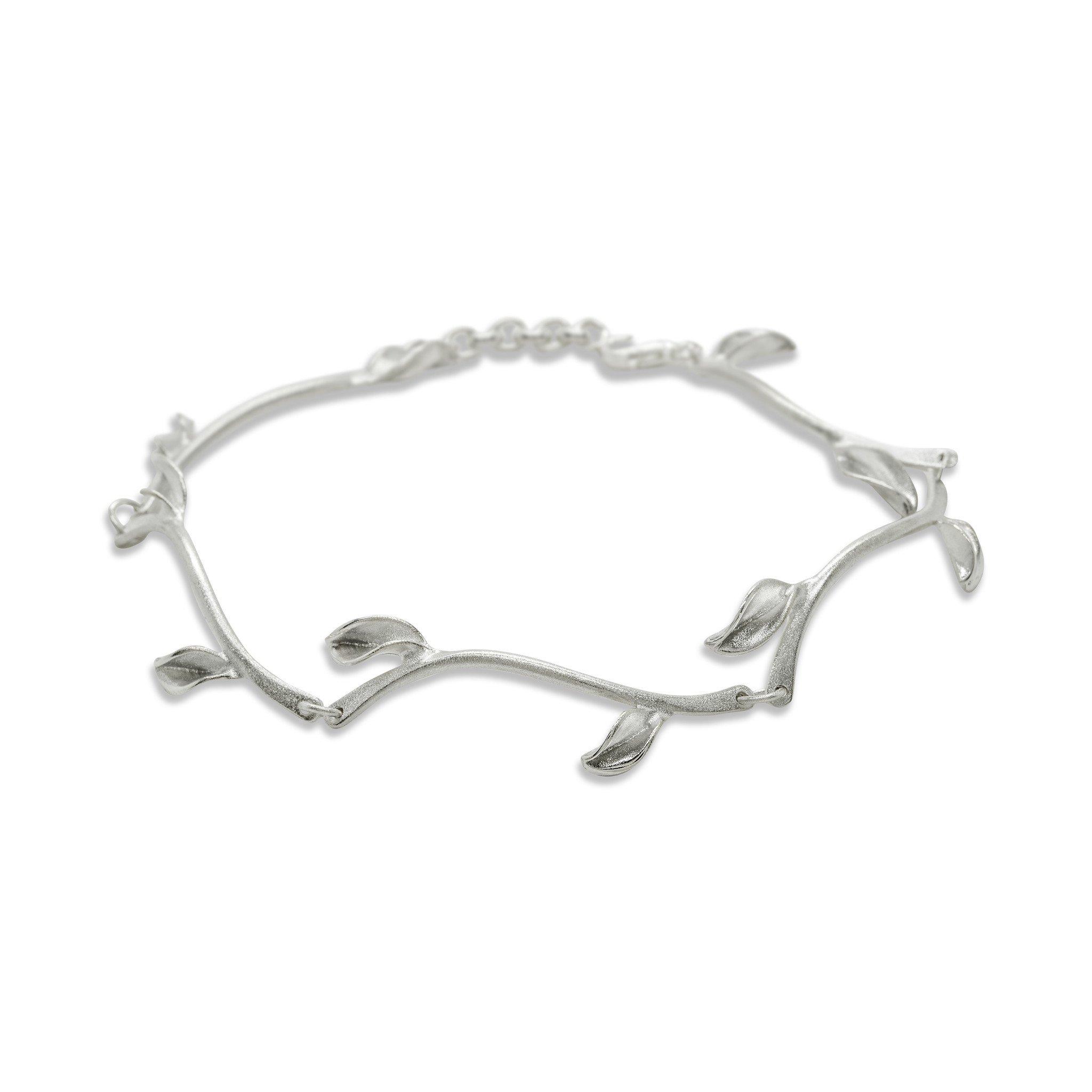 Mavilo Leaf Stem Bracelet