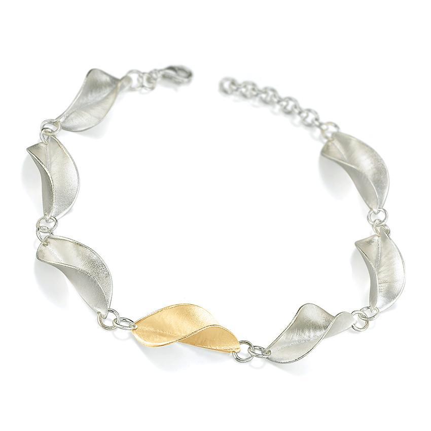 Mavilo Gold Twisted Leaf Bracelet